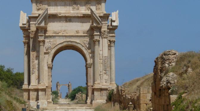 Khaled Marmouri : Compléments aux fastes des gouverneurs d'Afrique : deux nouveaux légats à Lepcis Magna